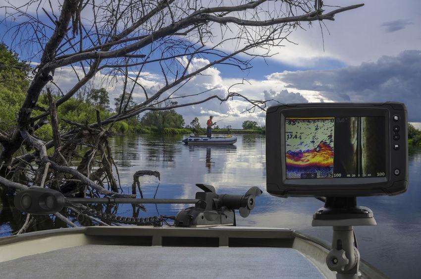 best gps chartplotter fishfinder combo