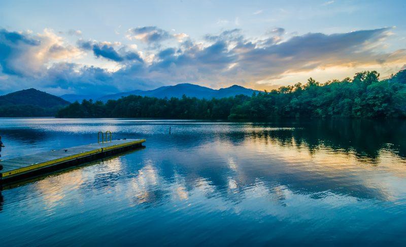 fishing lake santeetlah north carolina