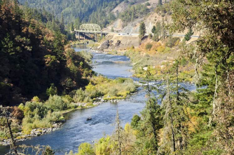 fishing for salmon, steelhead and trout in the rogue river
