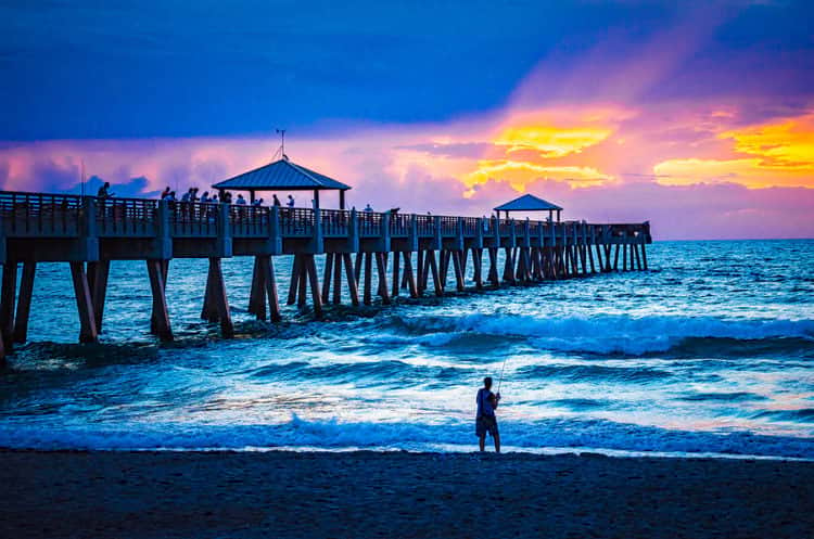 juno beach fishing pier, fl at sunrise